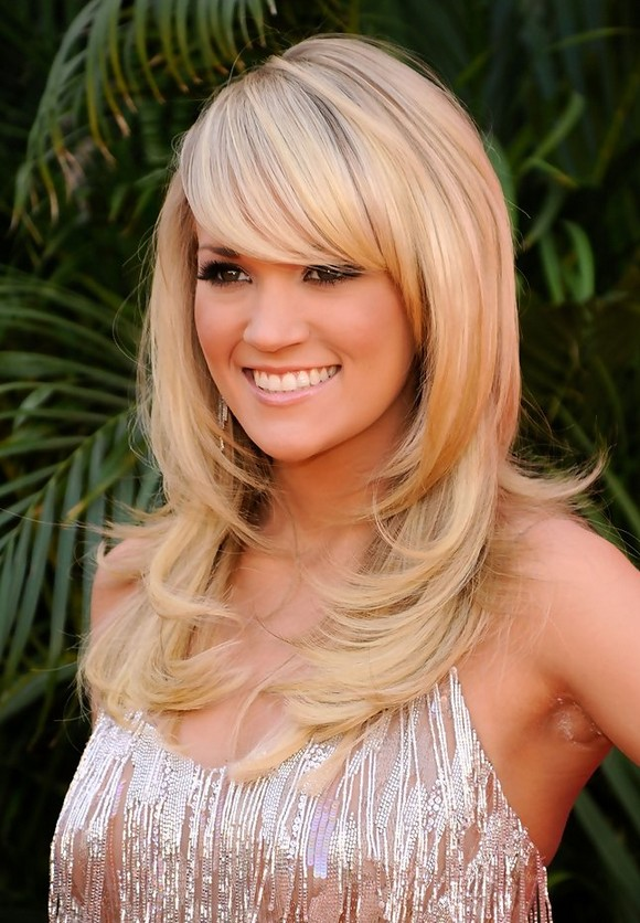Carrie Underwood Layered Hairstyle with Side Swept Bangs