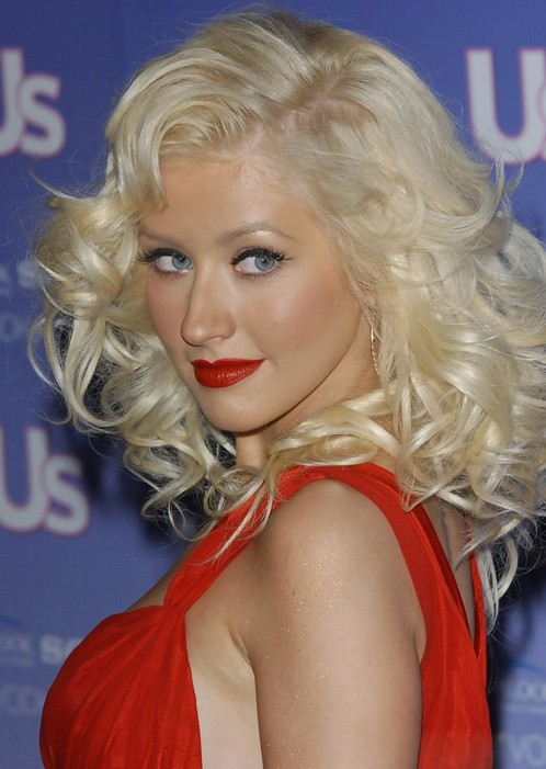 Christina Aguilera Curly Hairstyles