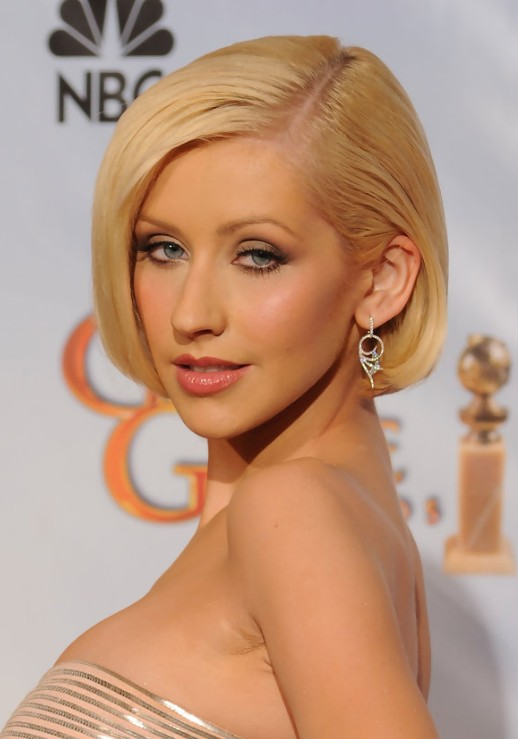Christina Aguilera Hairstyles - Celebrity Latest