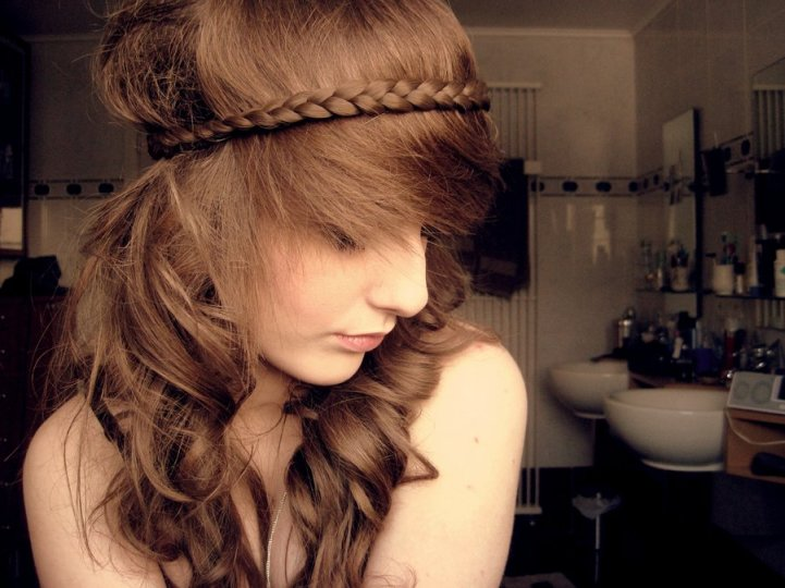 Hairstyles No Braids : Cute Braided Hairstyle with Spiky Fringe for Summer Styles Weekly