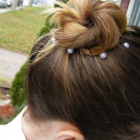 Dip-Highlighted Top-Knot with Pearls