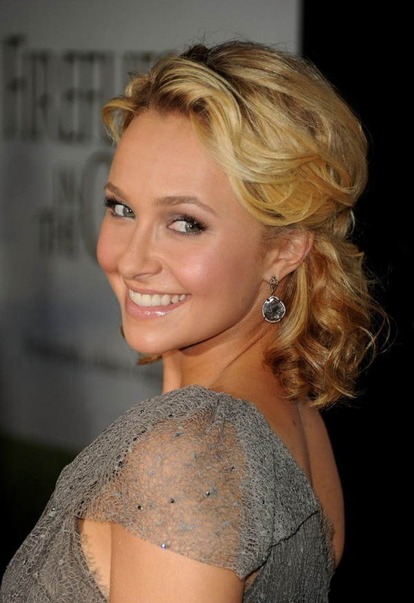 Hayden Panettiere Half Up Half Down