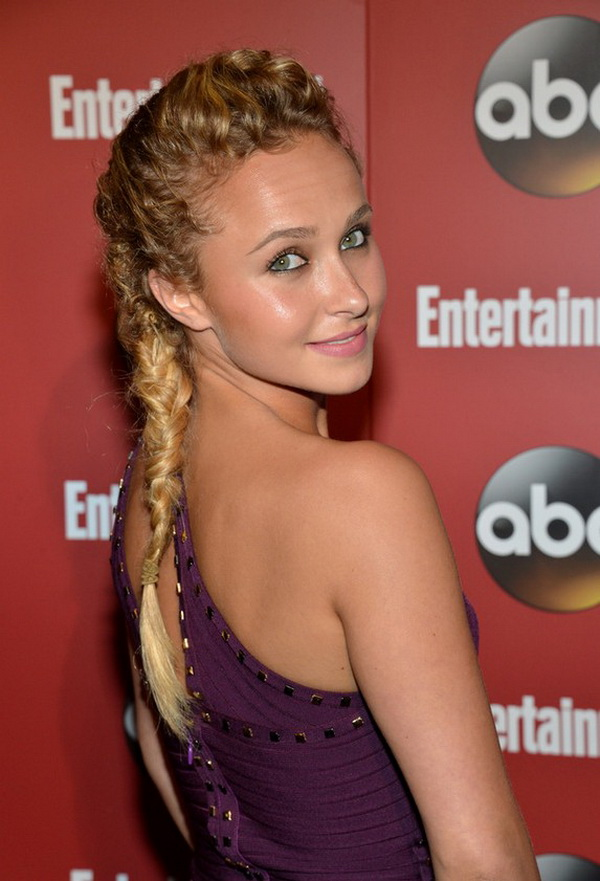 Hayden Panettiere Knotted Fishtail Braid