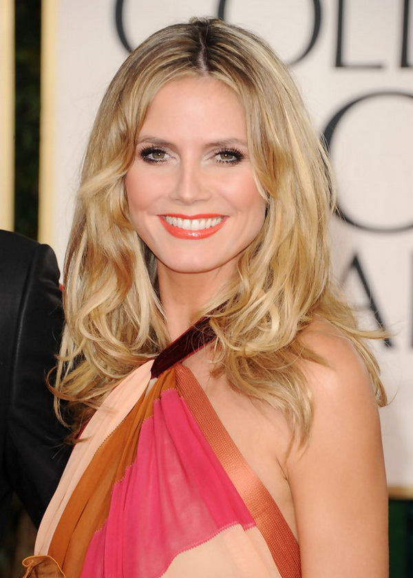 Heidi Klum Loose Curly Hairstyle