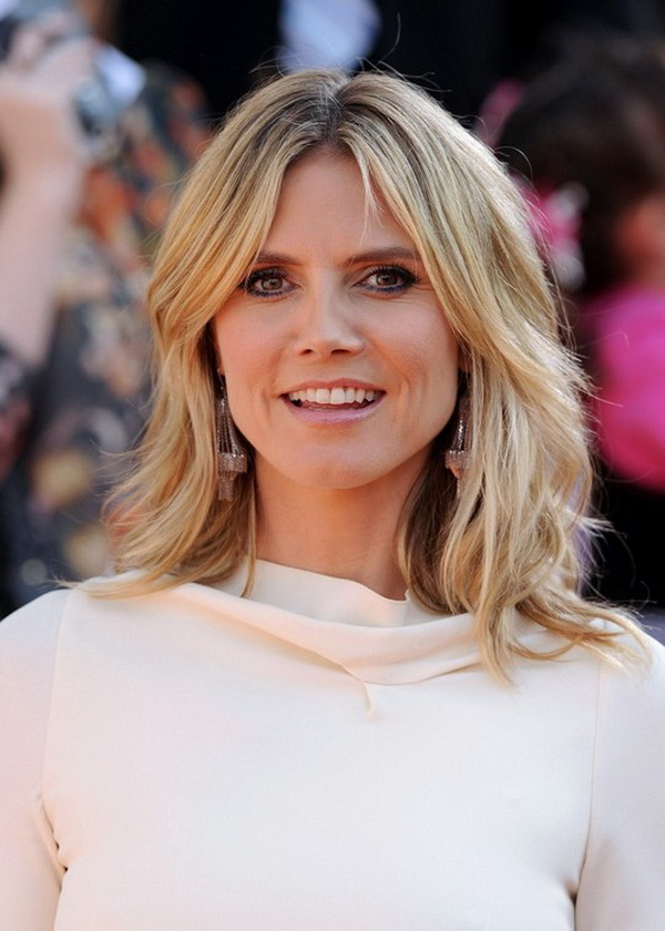 Heidi Klum Medium Layered Hairstyles
