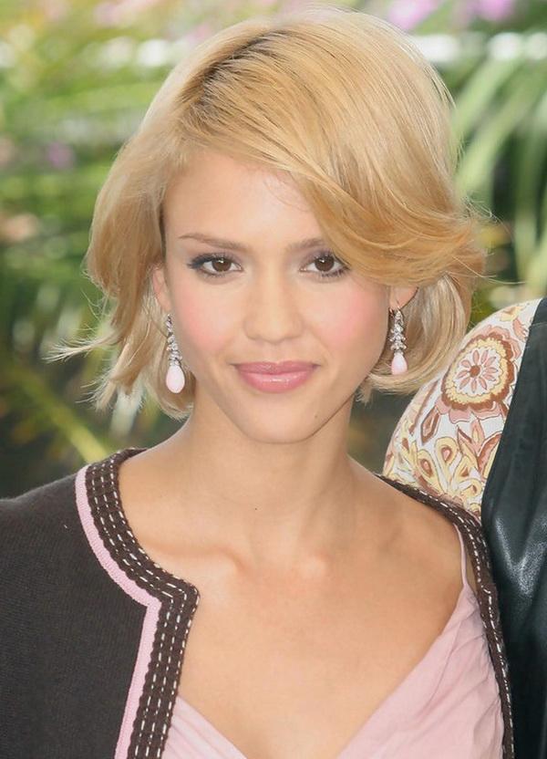 Jessica Alba Short Bob Hairstyle