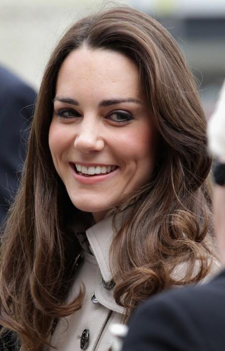 Kate Middleton Loose Wavy Hairstyles