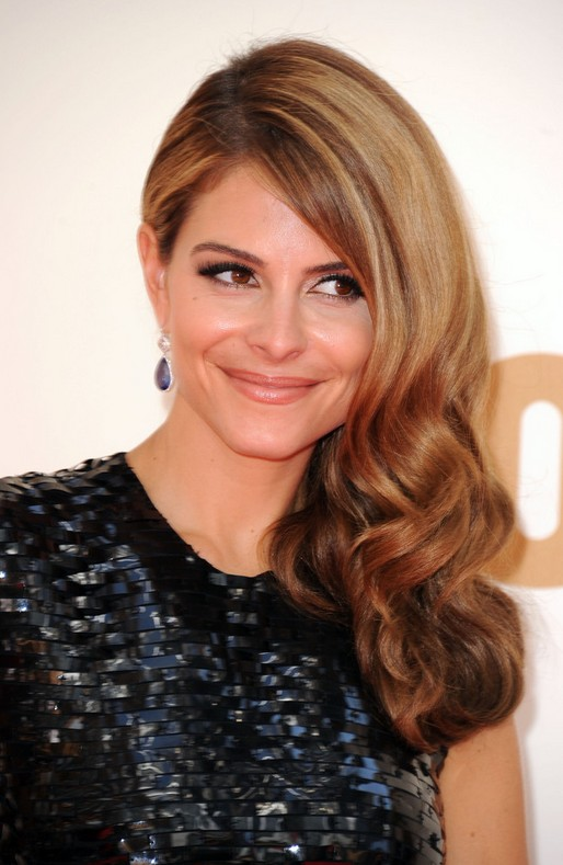 Maria Menounos Long Wavy Hairstyle
