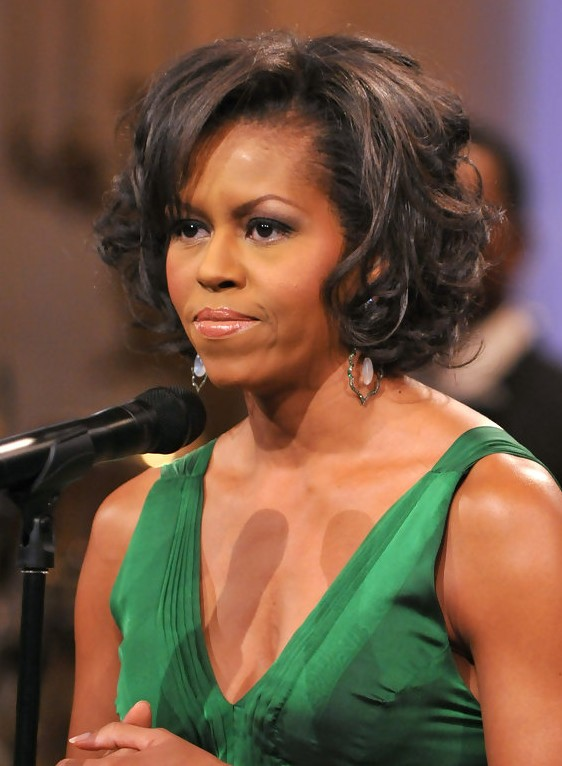 <b>Michelle Obama</b> Short Curly Bob - Michelle-Obama-Short-Curly-Bob
