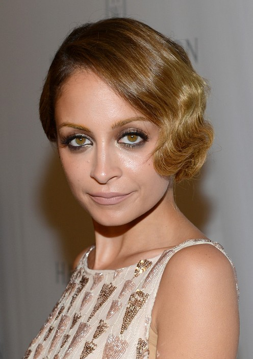 Nicole Richie Side-swept Flapper Hairstyle