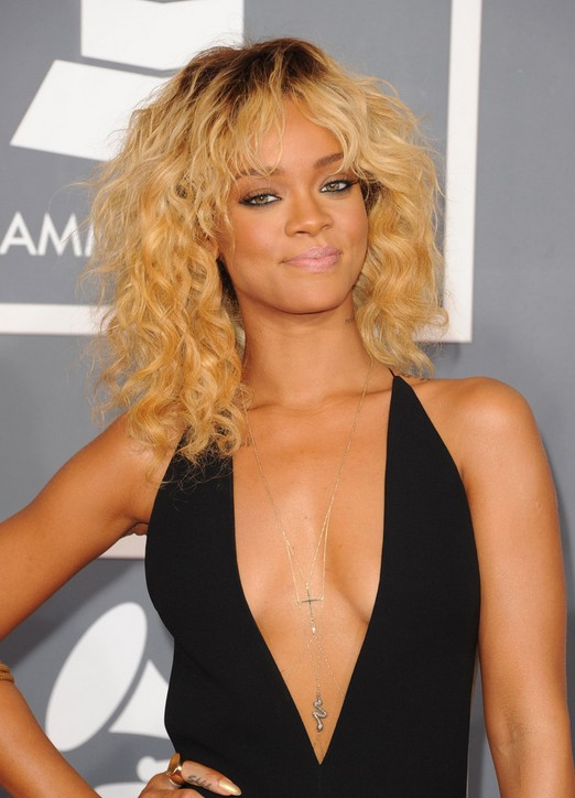 Rihanna Prom Hairstyles for Medium Hair