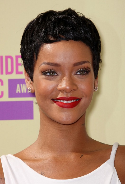Astounding Rihanna Hairstyles Celebrity Latest Hairstyles 2016 Short Hairstyles Gunalazisus