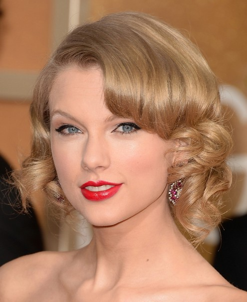 Taylor Swift Hairstyles 2014