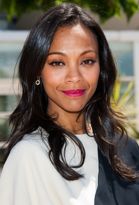 Zoe Saldana Loose Wavy Hairstyles Casual Long Straight Hairstyle For Black Women