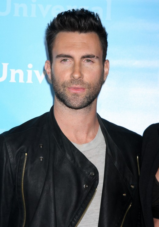 Adam Levine Fashion Style
