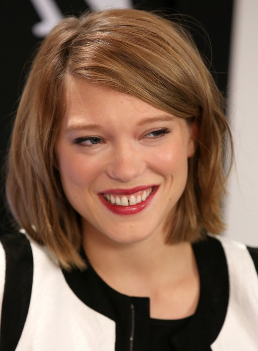Haircut For Round Face : Adele Exarchopoulos Cute Short Bob Haircut for Round Face Shapes