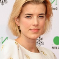 Agyness Deyn Short Bob Hairstyle