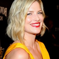 Ali Larter Chic Short Tousled Curly Bob Hairstyle