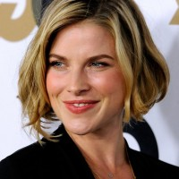 Ali Larter Short Black to Blond Ombre Bob Hairstyle