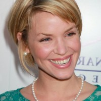 Ashley Scott Short Sassy Bob Hairstyle with Bangs