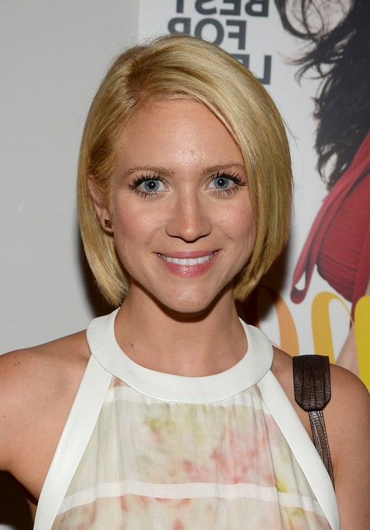 Brittany Snow Short Straight Bob Haircut