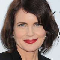 Elizabeth McGovern Layered Dark Brown Bob Hairstyle