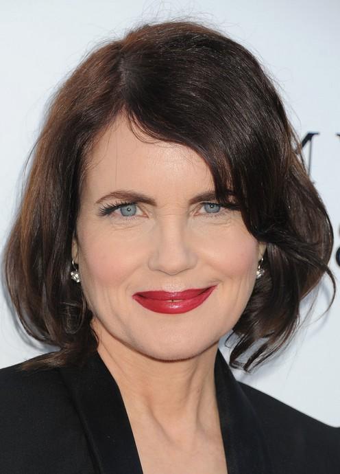 Elizabeth McGovern Layered Dark Brown Bob Hairstyle
