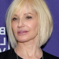 Ellen Barkin Short Graduated Bob Haircut - A-line Bob Cut for Women