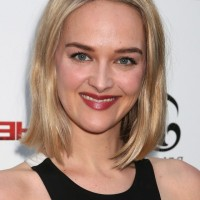 Jess Weixler Medium Blonde Bob Hairstyle