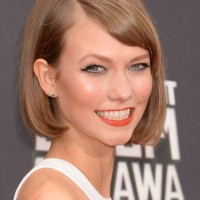 Karlie Kloss Classic Short Bob Hairstyle with Bangs