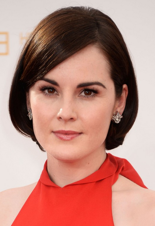 Michelle Dockery Chic Short Bob Haircut with Bangs