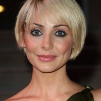 Natalie Imbruglia Chic Short Bob Haircut for Women