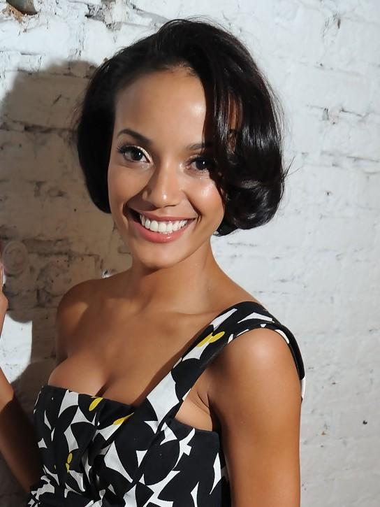 Short Black Wavy Bob Hairstyle for Black Women from Selita Ebanks