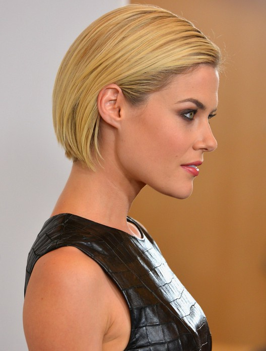 Side View of Rachael Taylor Short Bob Haircut