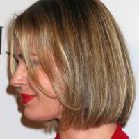Side View of Rebecca Romijn Short Bob Haircut