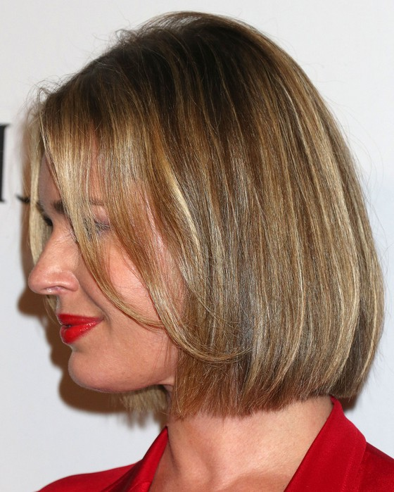 Peachy Side View Of Rebecca Romijn Short Bob Haircut Styles Weekly Short Hairstyles Gunalazisus