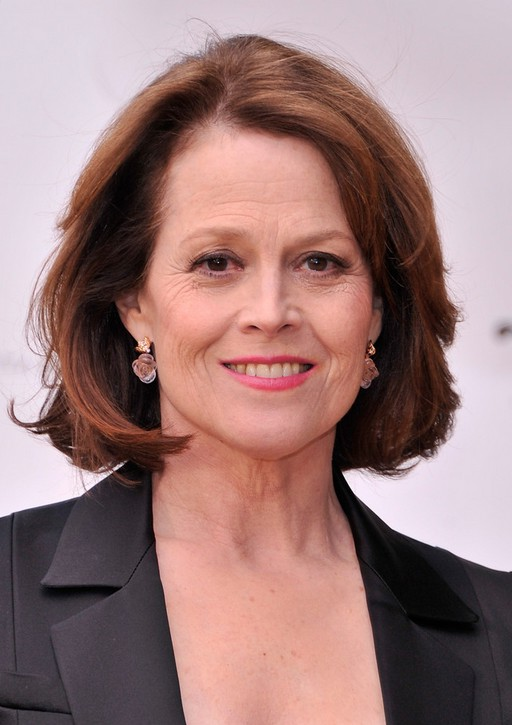Sigourney Weaver Layered Bob Haircut For Women Over 50 Styles Weekly
