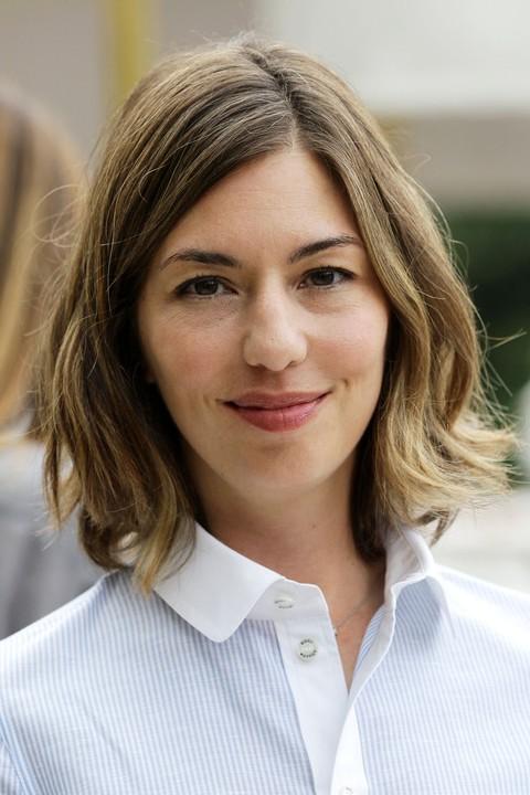 Sofia Coppola Wavy Bob Hairstyle for Short Hair | Styles Weekly