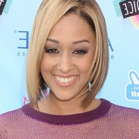 Tia Mowry Short Straight Blonde Bob Haircut