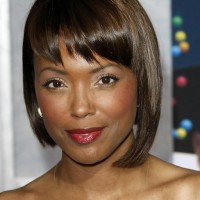 Aisha Tyler Chic Short Graduated Bob Haircut for Black Women