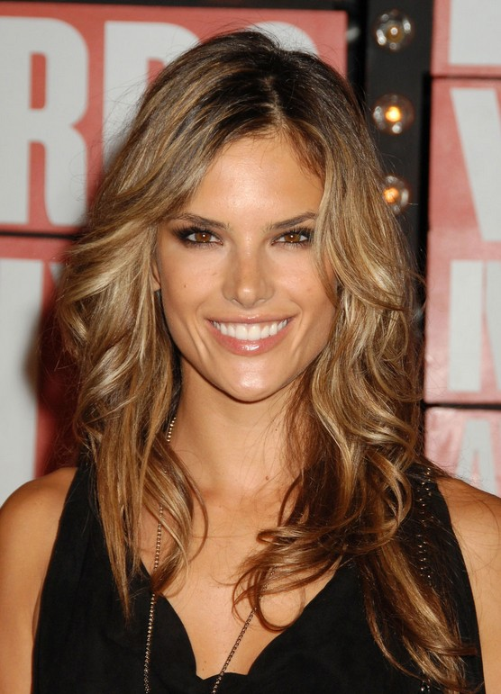 Alessandra Ambrosio Hair Color: Long Wavy Hairstyles with Side Bangs