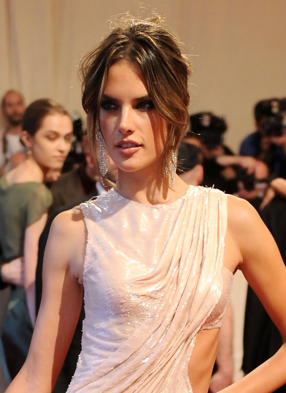 Alessandra Ambrosio Loose Bun: Celebrity Updo Hairstyles