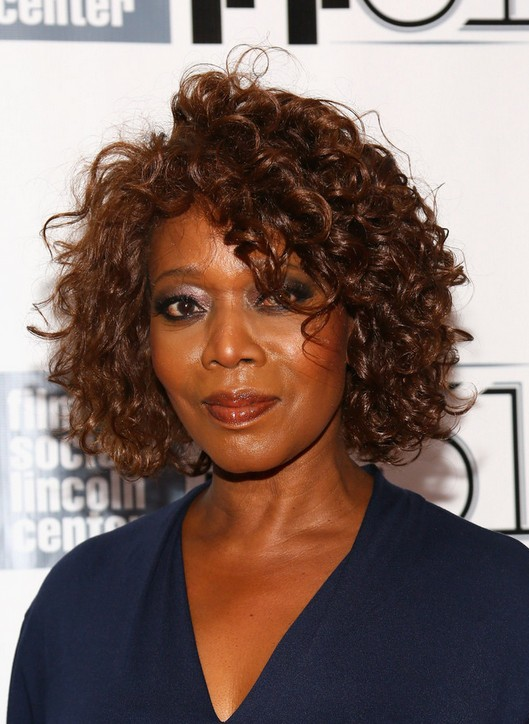 Alfre Woodard African American Curly Hairstyle For Short Hair - Short hair curly african american