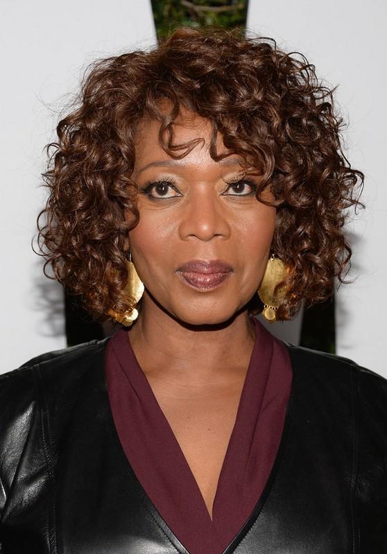 Alfre Woodard Short Curly Hairstyles African American Women Styles