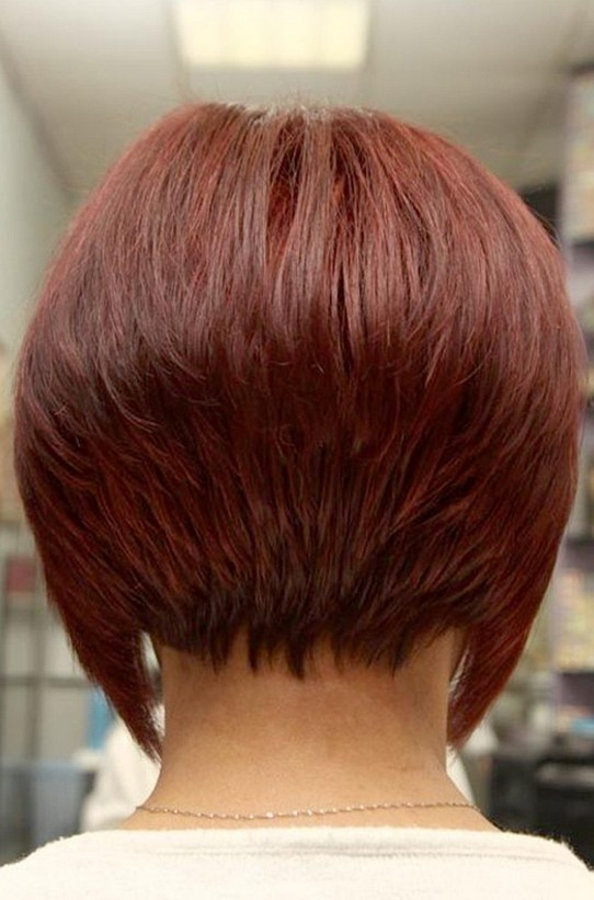 Hairstyle bob Inverted back view