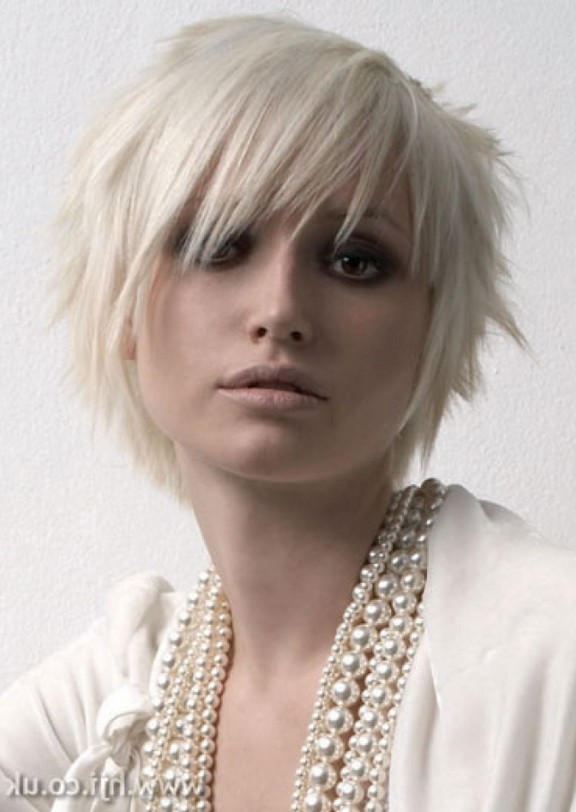 Cute Short Blonde Emo Haircut For Girls Styles Weekly