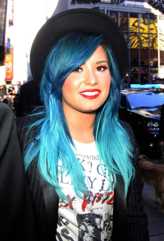 Demi Lovato Blue Hair: Ombre Hairstyles for Long Hair