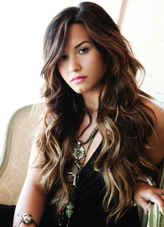 Demi Lovato: Layered Long Hair
