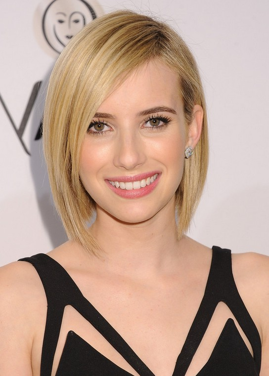 Cute Graduated Bob Hairstyle with Side Swept Bangs - Emma Roberts' Short Hairstyle