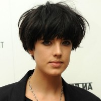 Female Short Bowl Cut - Trendy Messy Bowl Cut for Women